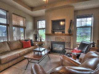 Convenience w/o Cost! Shopping, Dining! (FP1678) - Park City vacation rentals