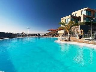 Sunny House with Internet Access and Dishwasher - Maspalomas vacation rentals
