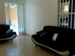 Chambre privée dans Villa agréable et calme - Cotonou vacation rentals