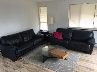 Cozy 1 bedroom apartment - West Unit - Seattle vacation rentals