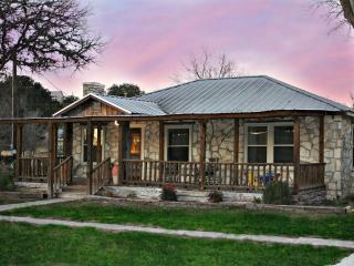 Perfect 2 bedroom House in Wimberley - Wimberley vacation rentals