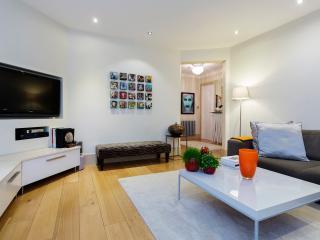 Veeve - Essendine Mansions - London vacation rentals
