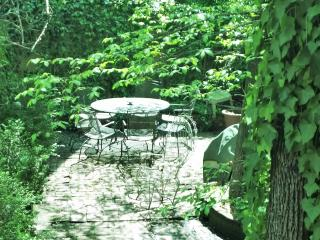 Center City Garden Apart Choose 1 or 3 Bedrooms, - New York City vacation rentals
