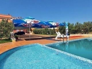 Sunny 1 bedroom Condo in Mrljane - Mrljane vacation rentals
