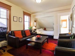 1st Class Studio Loft in Classic Heritage Building - Vancouver vacation rentals