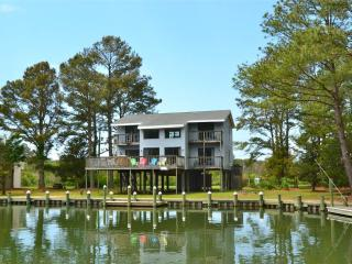 Bright Chincoteague Island House rental with Internet Access - Chincoteague Island vacation rentals