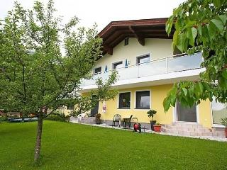 Sunny Condo with Internet Access and Dishwasher - Werfenweng vacation rentals