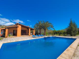Bright 7 bedroom Villa in Alaro - Alaro vacation rentals