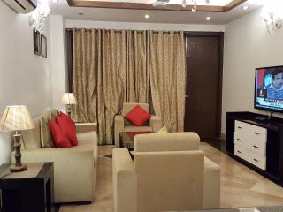 Evergreen 3 BHK Service Apartment GreaterKailash-1 - New Delhi vacation rentals