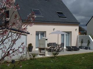 jolie maison à la campagne et près de la mer - Guiler-sur-Goyen vacation rentals