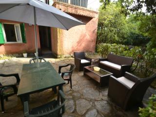 Geraneo - piano Terra - Marina Di Pietrasanta vacation rentals