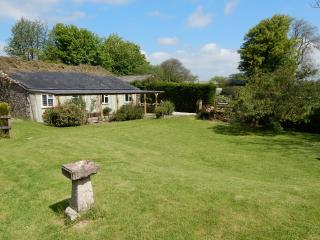 Lovely 1 bedroom North Bovey Cottage with Internet Access - North Bovey vacation rentals