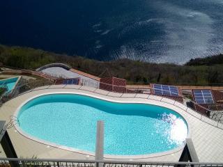 panoramico con piscina condominiale - Parzanica vacation rentals