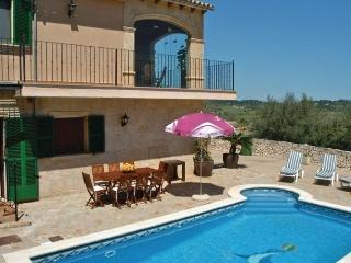 4 bedroom House with Dishwasher in Lloret de Vistalegre - Lloret de Vistalegre vacation rentals
