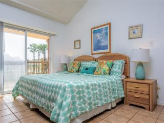 Casual townhome style, across from the beach! - South Padre Island vacation rentals