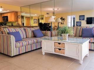 Beachfront corner condo, large balcony! - South Padre Island vacation rentals