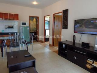 Two-bedroom apartment overlooking the sea and Karon beach - Karon vacation rentals