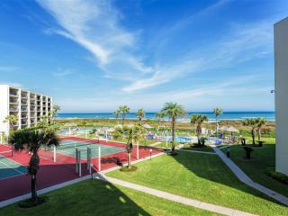 Beachfront resort with 3 pools, great views! - South Padre Island vacation rentals