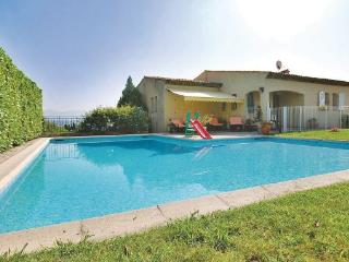 4 bedroom Villa in Nice, Cote D Azur, France : ref 2041390 - Cote d'Azur- French Riviera vacation rentals