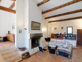5 bedroom Villa in Menerbes, Provence, France : ref 2012467 - Oupia vacation rentals