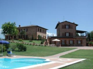Villa in Cortona, Tuscany, Italy - Pozzo di Mulazzo vacation rentals