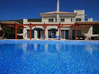 5 bedroom Villa in Loule, Algarve, Portugal : ref 2022225 - Santa Barbara de Nexe vacation rentals