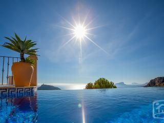 4 bedroom Villa in Moraira, Costa Blanca, Spain : ref 2031832 - Benitachell vacation rentals