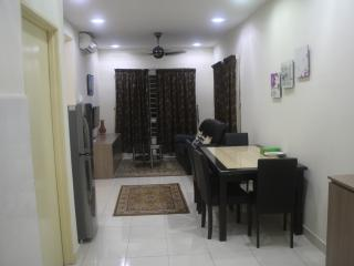 KL Easystay-Nice & Fully Equipped Apartments - Kuala Lumpur vacation rentals