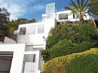 4 bedroom Villa in Sant Pol de Mar, Catalonia, Barcelona, Spain : ref 2090900 - Sant Cebria de Vallalta vacation rentals