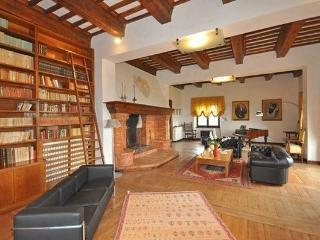 8 bedroom Villa in San Martino In Colle, Umbria, Italy : ref 2096613 - Villanova vacation rentals