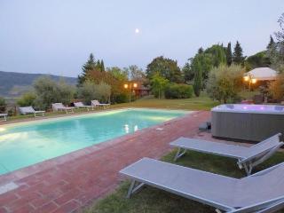 6 bedroom Villa in Panzano, Chianti, Tuscany, Italy : ref 2096782 - Panzano vacation rentals
