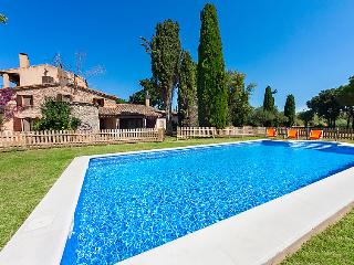 8 bedroom Villa in Vall Llobrega, Costa Brava, Spain : ref 2097031 - Vall-Llobrega vacation rentals