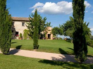 4 bedroom Villa in Perugia, Near Perugia, Umbria, Assisi, Italy : ref 2126605 - Murlo vacation rentals