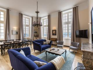 Saint-Malo Intra-Muros, Appartement 4* vue mer, 8 personnes - Saint-Malo vacation rentals