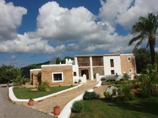 Bright 6 bedroom Villa in Sant Joan de Labritja with Internet Access - Sant Joan de Labritja vacation rentals
