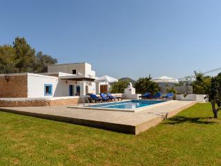 Villa in Sant Jordi De Ses Salines, Ibiza Town, Ibiza, Ibiza - Es Vive vacation rentals