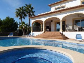 4 bedroom Villa in Altea, Alicante, Costa Blanca, Spain : ref 2135046 - Altea la Vella vacation rentals