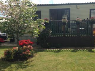 6 Berth Caravan on Overstone Lakes Holiday Park - Overstone vacation rentals