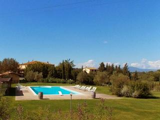 8 bedroom Villa in Terricciola, Volterra And San Gimignano Surroundings, Tuscany, Italy : ref 2135168 - Casciana Terme vacation rentals