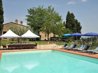 7 bedroom Villa in San Gimignano, Volterra And San Gimignano Surroundings - San Gimignano vacation rentals
