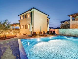 4 bedroom Villa in Krk-Turcic, Island Of Krk, Croatia : ref 2183445 - Vantacici vacation rentals
