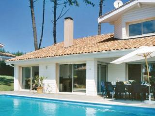 4 bedroom Villa in Moliets, Landes, France : ref 2184622 - Moliets vacation rentals