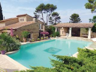 4 bedroom Villa in Orgon, Bouches Du Rhone, France : ref 2185529 - Orgon vacation rentals