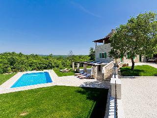 4 bedroom Villa in Porec Kringa, Istria, Croatia : ref 2216523 - Kringa vacation rentals