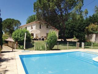 5 bedroom Villa in Montrem, Dordogne, France : ref 2220580 - Coursac vacation rentals