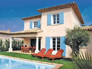 3 bedroom Villa in Ste-Maxime, Var, France : ref 2221832 - Saint-Maxime vacation rentals