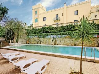 9 bedroom Villa in Venetico, Sicily, Italy : ref 2222421 - Venetico vacation rentals