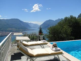 Villa in Nr Bellagio, Lake Como, Italian Lakes, Italy - Civenna vacation rentals