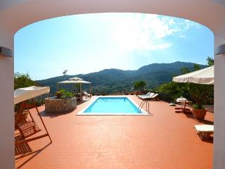 6 bedroom Villa in Vibonati, Cilento Coast, Amalfi Coast Campania, Italy : ref 2226391 - Vibonati vacation rentals