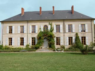 Villa in Nr Bourges, Loire, France - Blet vacation rentals